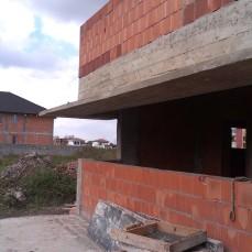 Casa moderna parter-consola fereastra bucatarie - Razvan P. Botofan - Birou de arhitectura