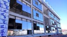 montare tamplarie - Refunctionalizare depozit tuica-vin in cladire de birouri - Razvan P. Botofan - Birou de arhitectura